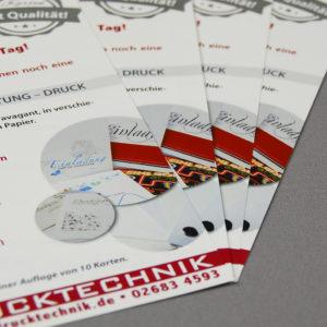 Flyer DIN A5 – glänzendes Papier